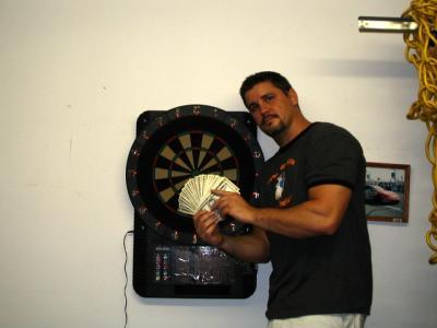 Taking my friends money @ darts!